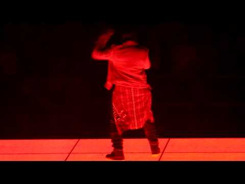 Runaway X Autotune - Kanye West - Watch The Throne Tour - Paris Bercy - Jay Z - June 1st