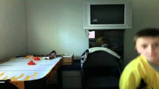 Gambar cover Christopher Matkovic's Webcam Video from April 16, 2012 04:28 PM