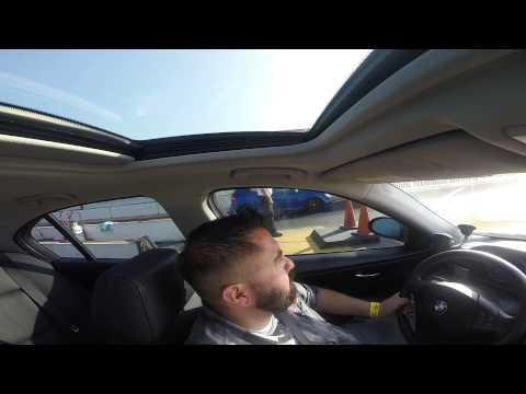 BMW 335i vs VW r32