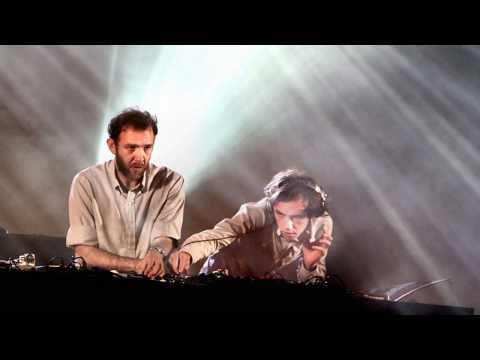 Radio Soulwax - Miserable Girl / E-Talking (Nite Versions / Live)