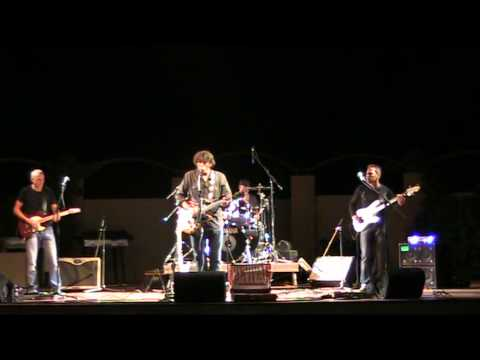 revival:-a-creedence-clearwater-revival-tribute---born-to-move