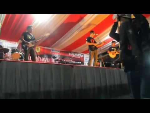 Godhong Telo Band - Bongkar (Iwan Fals/Swami cover)