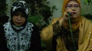 Video H Muammar ZA & IPQOH - Haflah LIVE In Ummul Qurro 2009 | Syukuran pernikahan k-25 download MP3, 3GP, MP4, WEBM, AVI, FLV Mei 2018