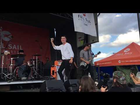 "Boston Manor - ""Cu"" Live at Van's Warped Tour (Camden, NJ) 7/7/17"