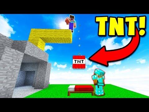 DROPPING TNT TROLL! (Minecraft BED WARS)