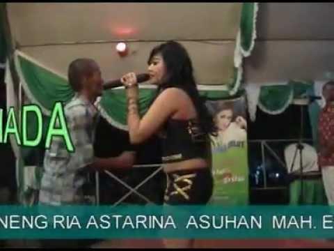 Dangdut Hot Ria Astarina - Abg Tua