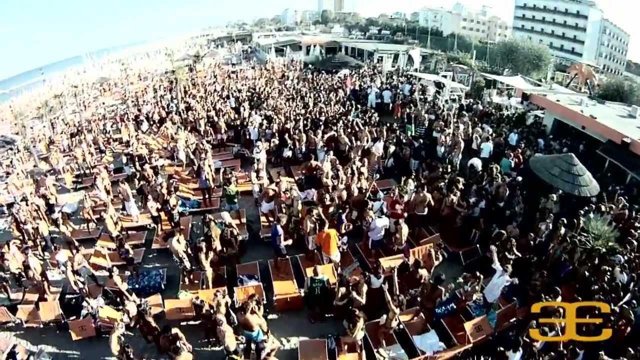 Papeete Beach (Milano Marittima) Italdron - YouTube
