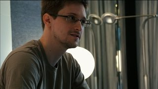 Watching Snowden's pivotal moments in 'Citizenfour' thumbnail