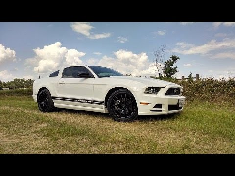 2013 ford mustang v6 performance package review youtube. Black Bedroom Furniture Sets. Home Design Ideas