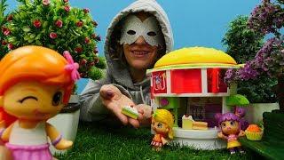 Spielzeugvideo für Kinder - Pinypon Toys - Ein Süßigkeitenladen für die Pinypons