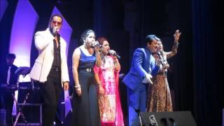 Gambar cover Live Om Shanti Om  Udit Narayan with team