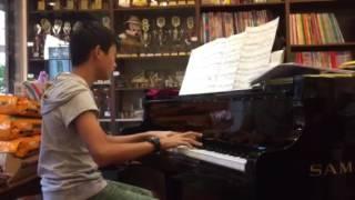 Baixar 林柏安/道禾實驗小學/鋼琴演奏RlVER FLOWS lN YOU