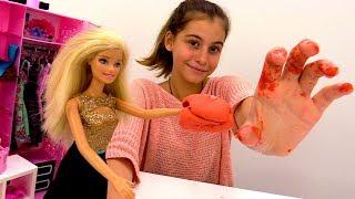 Мультики для девочек - лепим ластик с Барби