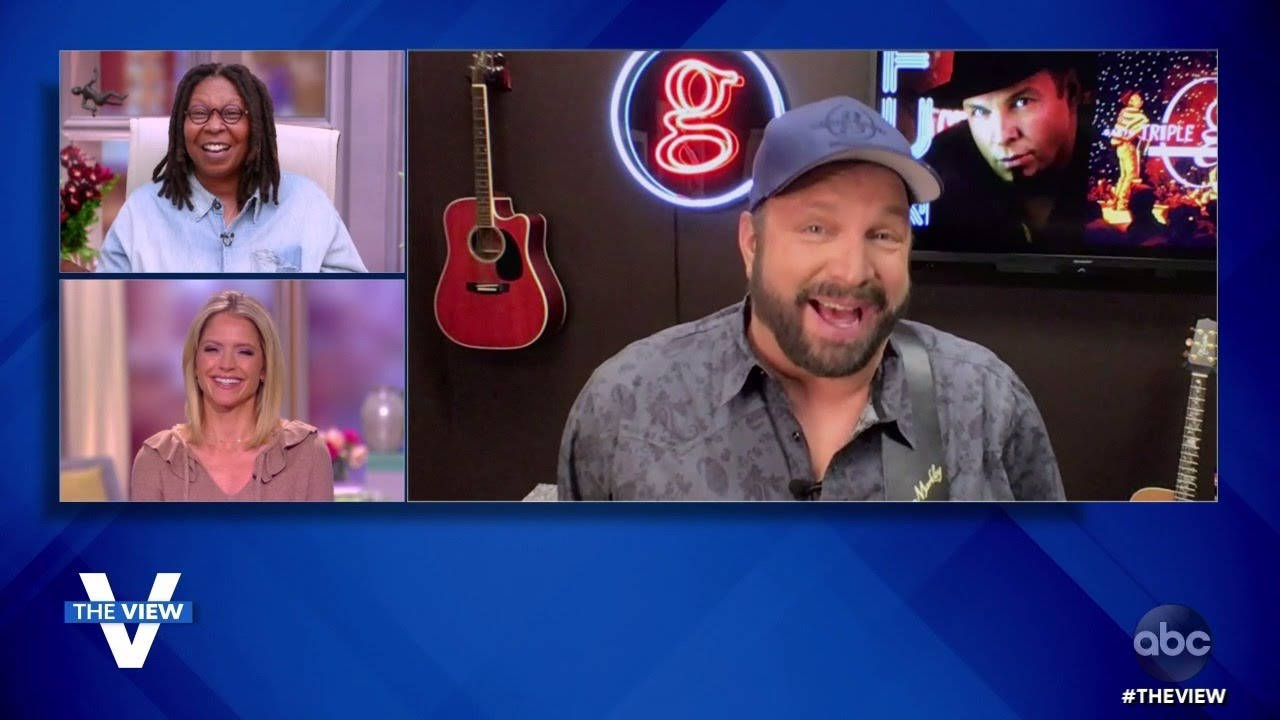 """Garth Brooks on Thanksgiving Plans and New Albums """"Fun"""" and """"Triple Live Deluxe"""" 