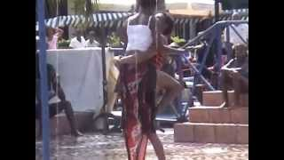 AFRICAN DANCING ON INDIAN SONG