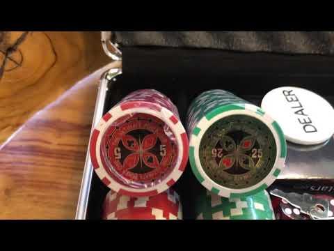 Набор для покера Ultimate 200 фишек
