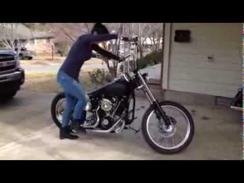 画像: Lauren kick starts Harley shovelhead youtu.be