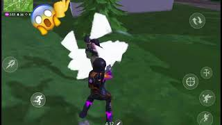 A small clip of how I play in Fortnite Battle Royale in Mobile