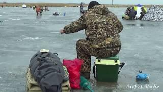Зимняя рыбалка 2020 . Карповское водохранилище .