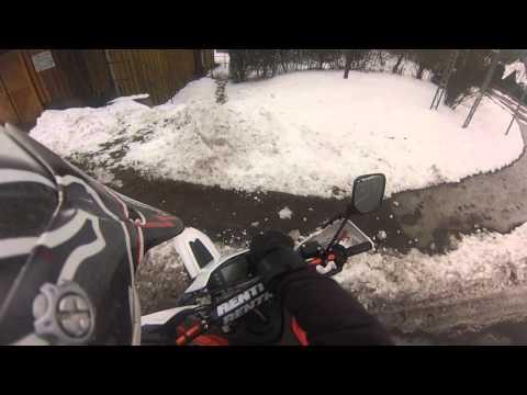 Husqvarna SMS 125 Crash Ice Road