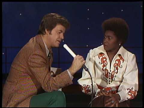 American Bandstand 1976- Interview Dorothy Moore