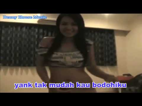 INDO=FREE--2015-Join Lady Thailand- Yank House Music Remix