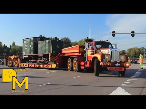 MACK & SPECIAAL TRANSPORTDAG AMSTERDAM TRUCK MEETING 2015