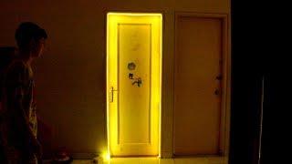 "Gambar cover LED strip ""Alien Portal"" Door decor"