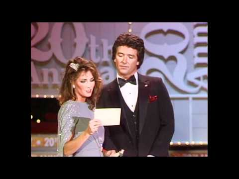 Julio Iglesias & Willie Nelson Win Single of the Year  - ACM Awards 1985
