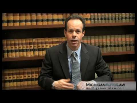 Personal Injury Settlement – Legal Tips from a Car Accident Attorney to Michigan Drivers