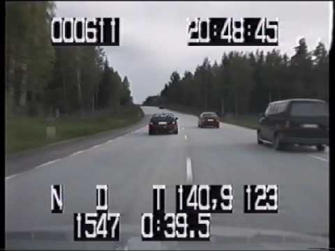 Lotus Omega vs Swedish police (Very high quality)