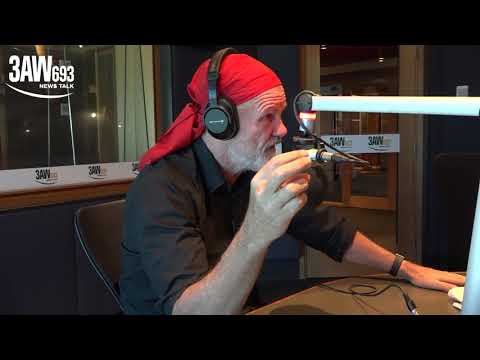 Peter FitzSimons and Tom Elliott debate the merits of a republic