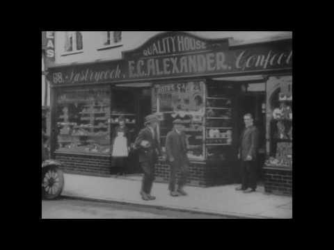 1922 Christmas Shopping, Godalming mp4
