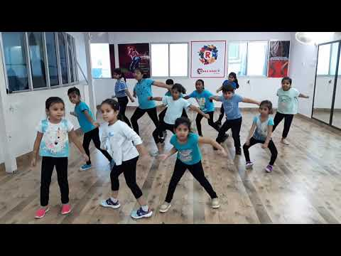 dj-baby-shark-remix-dance