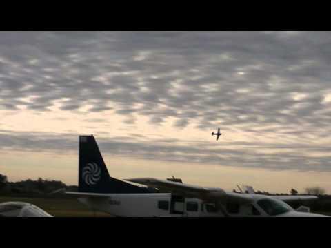 Stunts Uruguayan Air Force ✈ Nort American T-6 Texan @ Canelones Aeroclub #11