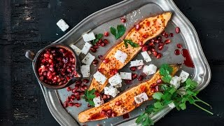 Recipe: Stuffed sweet potatoes with soft goat's cheese and pomegranate | FOOBY