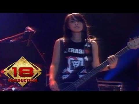 Kotak - Terbang  (Live Konser Subang 28 September 2013)