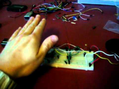 Hand made amplitude modulation instrument... in spanish!