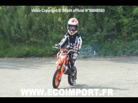 moto cross 50 mini moto cross pour enfant 49cc video youtube. Black Bedroom Furniture Sets. Home Design Ideas