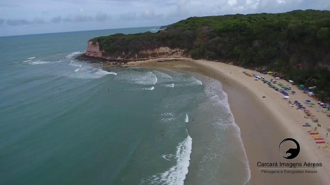Resultado de imagem para praia do madeiro rn