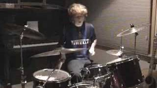 Скачать Bloc Party The Pioneers Drum Cover