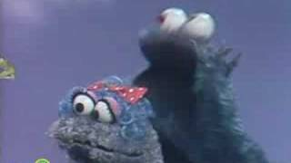 Sesame Street: Ernie With Cookie Monster