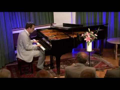 "Ethan Uslan plays ""Let's Misbehave"" for the Billy Mayerl Society"