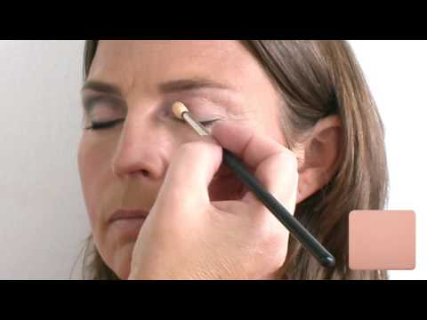 Foto-Video make-up tutorial 40+ vrouw Inze Meijer Make-up Artist