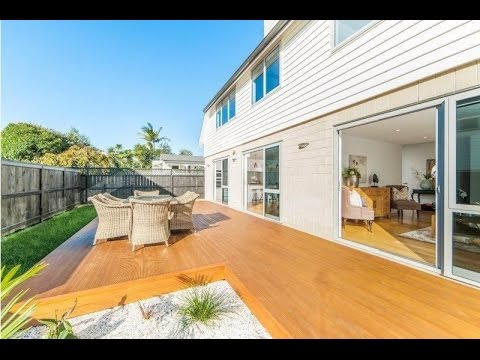 Auckland Homes for Rent: Mount Eden Home 5BR/4BA by Auckland Property Management