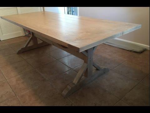 make a farmhouse table