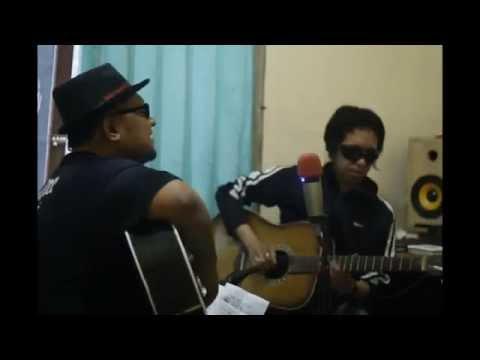 live acoustic BPL ( Bulan Pantai lamai)