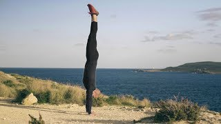 the best way to learn handstand