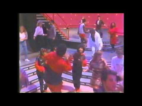 DANCE HALL DAYS Wang Chung