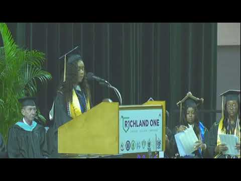 The Morning Rush - Stranger pays off Richland H.S. Students debt so she can graduate